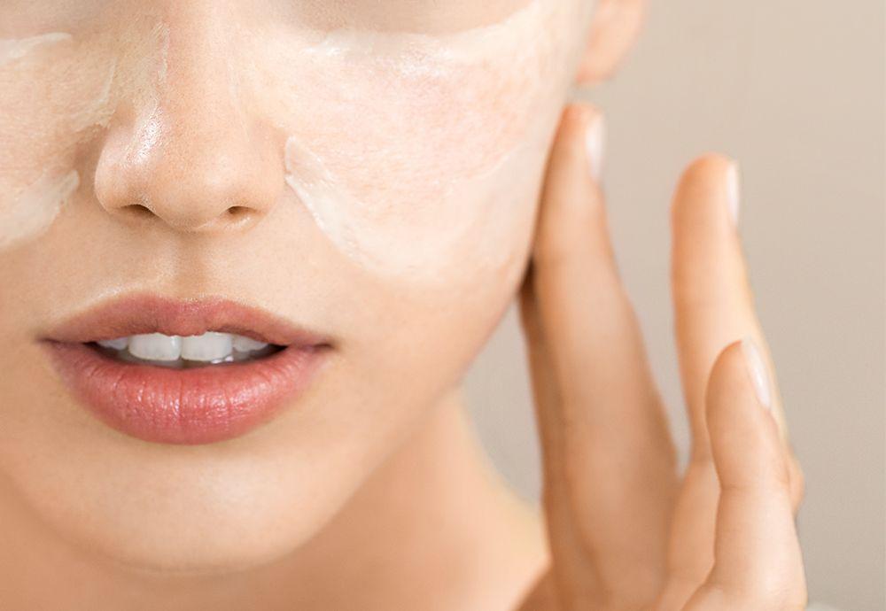 کرم ضد آفتاب برای پوست چرب