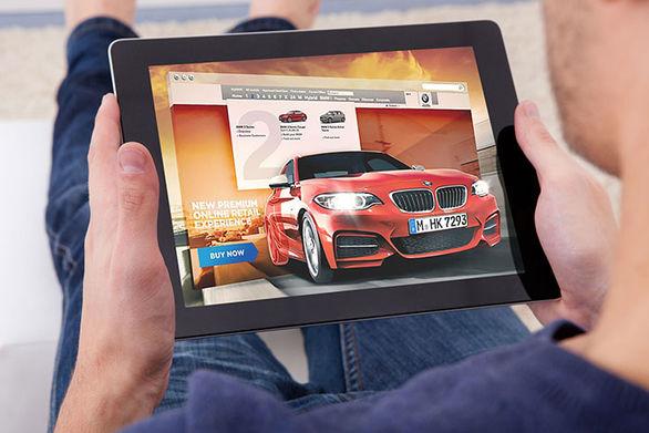 بازگشت قیمت خودرو به سایت ها کمکی به بازار می کند؟