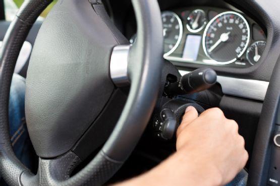 دلیل خاموش شدن ناگهانی خودرو | راه حل
