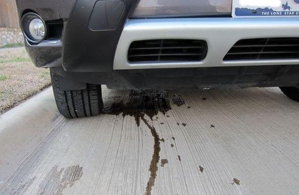 مشکل نشتی روغن جعبه دنده خودرو چیست؟ + راهکار