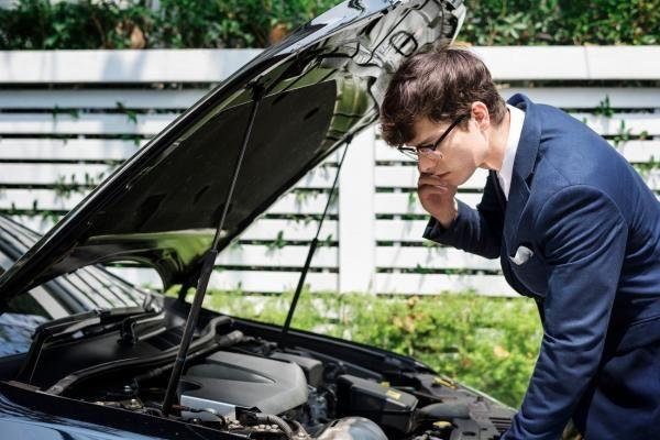 علت روشن نشدن خودرو در هوای سرد,دلیل های علت روشن نشدن خودرو,روشن نشدن خودرو