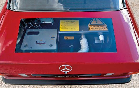 خودروی برقی مرسدس بنز 30 سال زودتر از تسلا