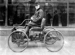 نگاهی به اولین خودروهای تولید شده در تاریخ