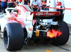 موتور خودروهای فرمول یک چطور روشن می شوند؟