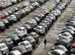 افت شدید بازار خودرو چین