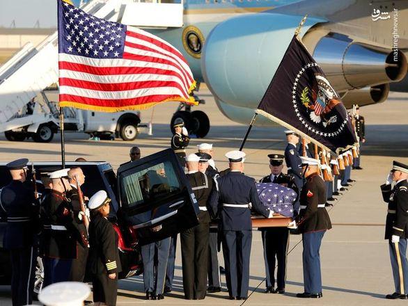 سلام نظامی ترامپ به جنازه بوش پدر + عکس