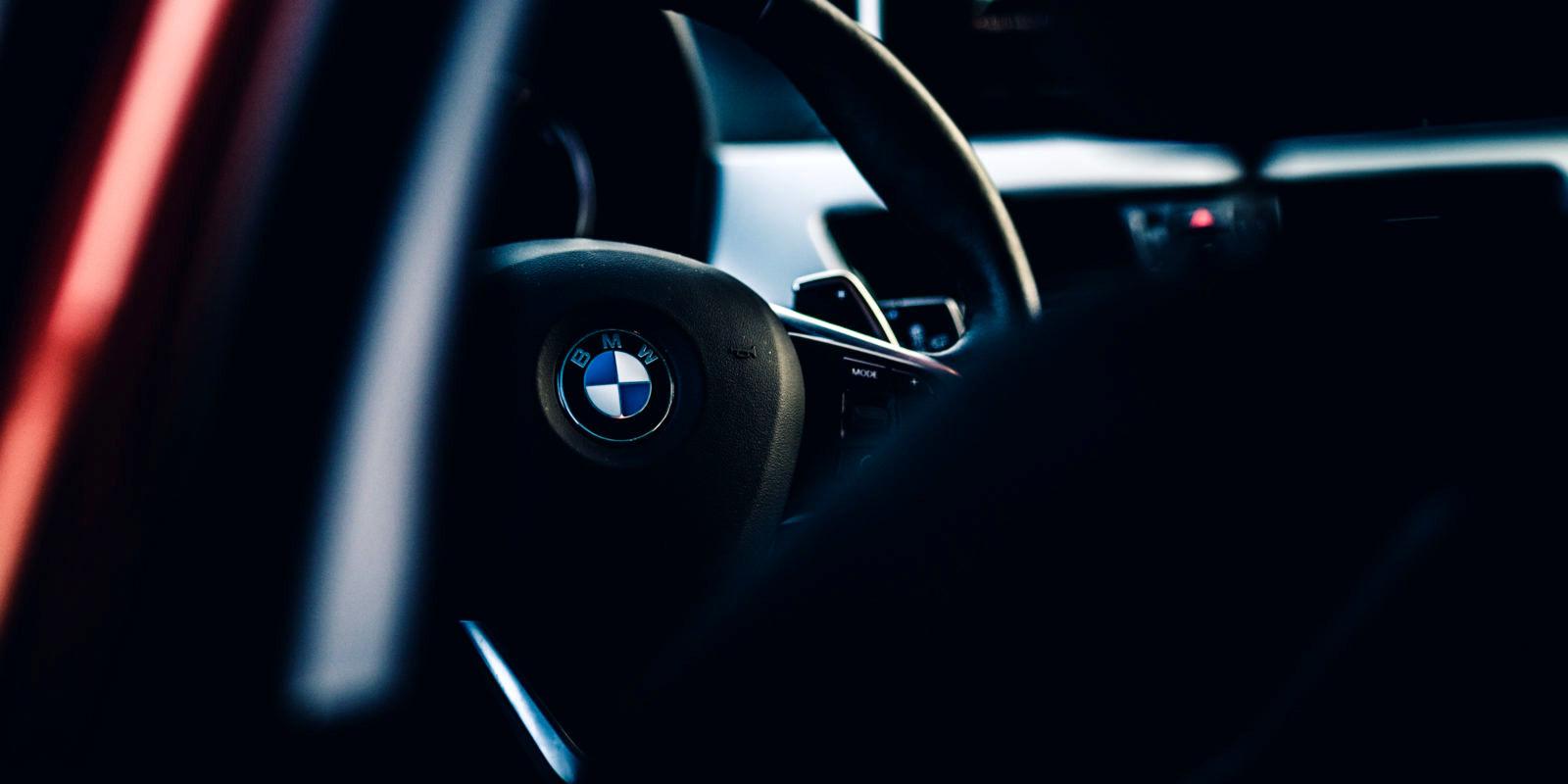 فراخوان BMW برای ۱۲ هزار خودروی با ایربگ انفجاری