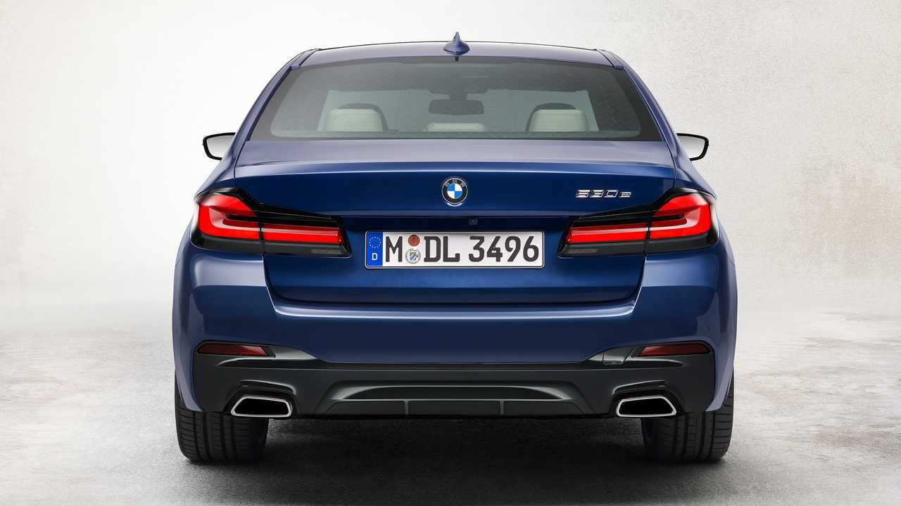 بی ام و سری 5 2021 - BMW 5 Series 2021