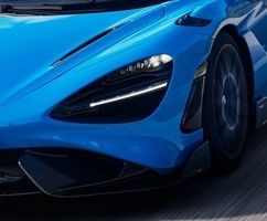 خودرو مک لارن 765LT اسپایدر مدل 2022 را ببینید