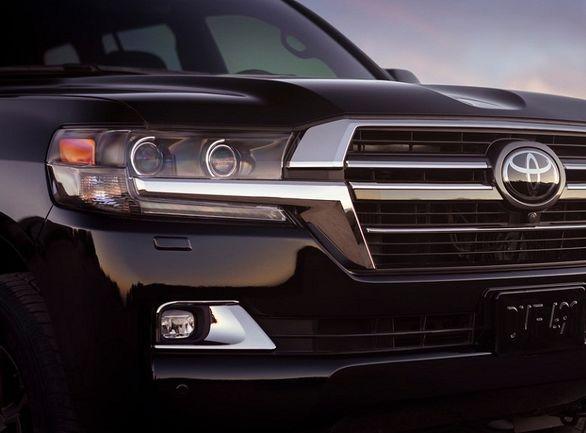 مالیات خودروهای لوکس روی قیمت و رونق بازار وارداتی ها اثر می گذارد؟