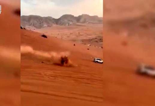 آتش گرفتن خودرو آفرود در کویر