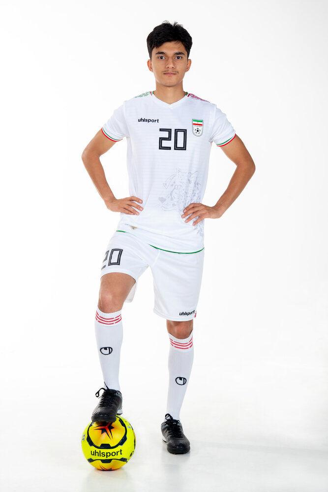 تصاویری ازپیراهن جدید تیم ملی فوتبال ایران برای مقدماتی جامجهانی