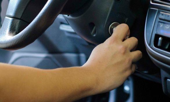 اگر خودروی شما روشن نمی شود به یکی از این دلایل است