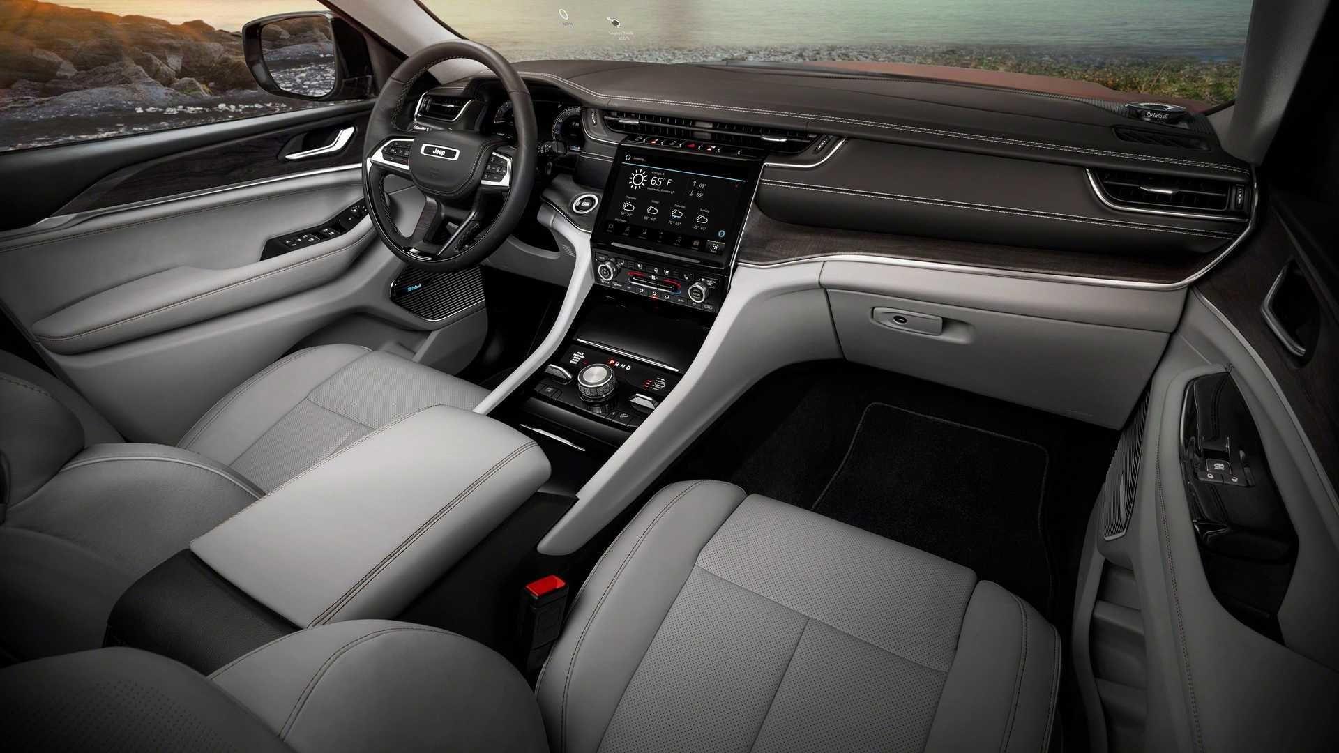 جیپ Grand Cherokee L Trackhawk به طور غیررسمی به عنوان سوپر SUV 3 ردیف ارائه می شود
