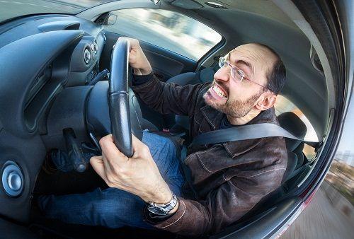 چند درصد از مردم رانندگی عصبی دارند؟