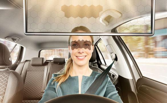 آفتابگیری که مانع از تصادف خودرو می شود