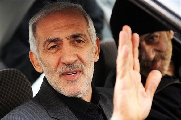 حمایت قاطع دادکان از علی کریمی