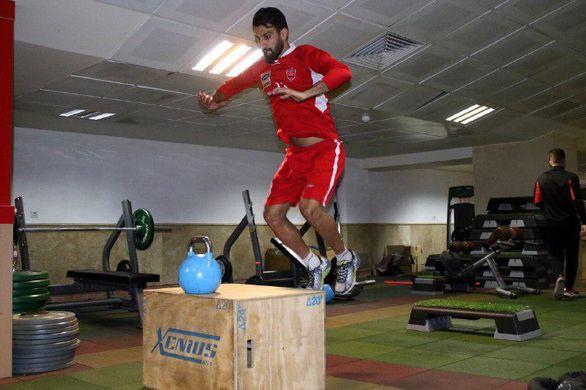 بی رحمی فوتبال حرفه ای گریبان گیر ماهینی شد (عکس)