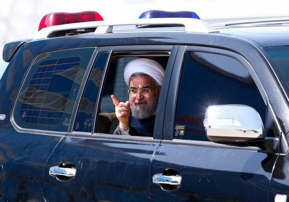 عکس | دولتی ها در ایران چه ماشینی سوار می شوند؟