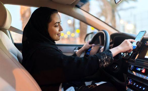 چرا خانم ها رانندگان با نظم تری هستند؟