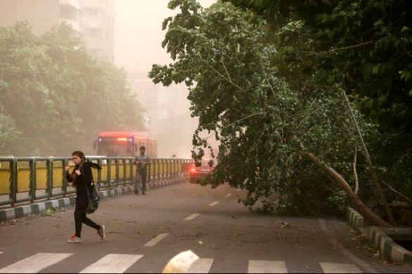 هشدار باد شدید در تهران