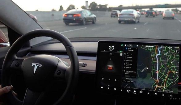 فناوری جدید خودران تسلا | فضولی راننده موقوف!