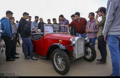 همایش خودروهای کلاسیک در شیراز