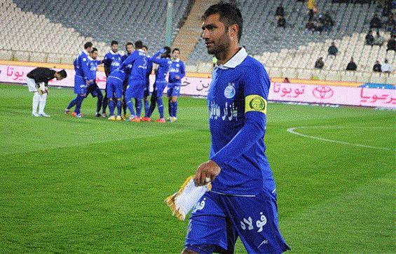 ستاره خداحافظی کرده استقلال رسما به فوتبال برگشت
