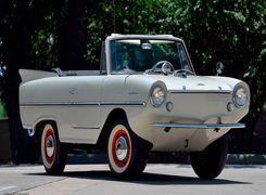 حراج یک خودروی دوزیست استثنایی از دهه 60 میلادی