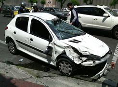چرا تصادف می کنیم؟