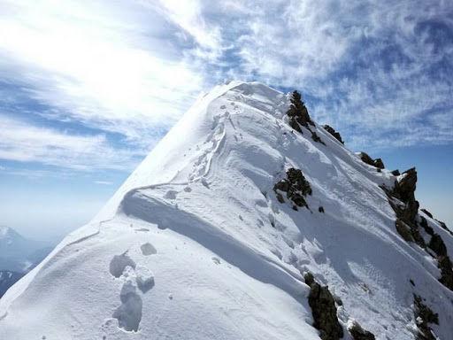 اولین تصاویر از کوهنوردان یخ بسته در ارتفاعات تهران + عکس