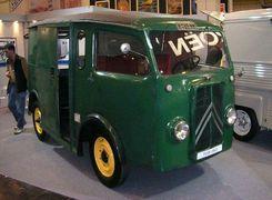سیتروئن TUB اولین خودروی دنیا با درب کشویی   تصاویر