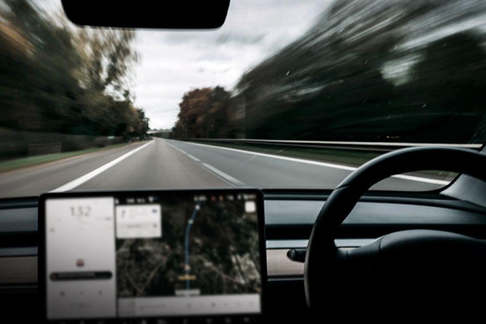 تصویب قانون برای تردد خودروهای خودران در انگلیس