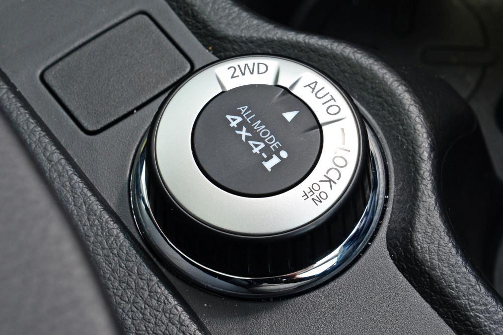 سیستم چهار چرخ متحرک مبتنی بر نیاز راننده