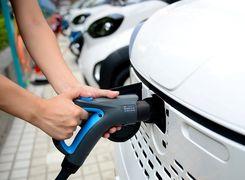آمار فروش خودروهای برقی در بازار چین