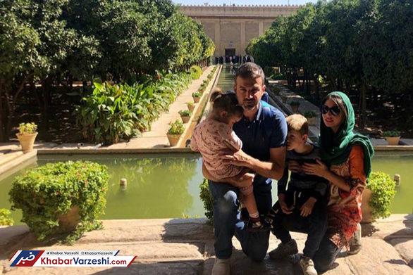 سفر سرمربی استقلال و همسرش به یکی از زیباترین شهرهای کشور (عکس)