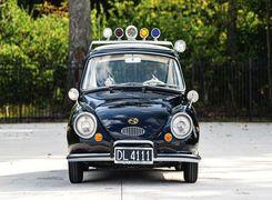 حراج عجیب ترین ماشین پلیس دنیا (تصاویر)